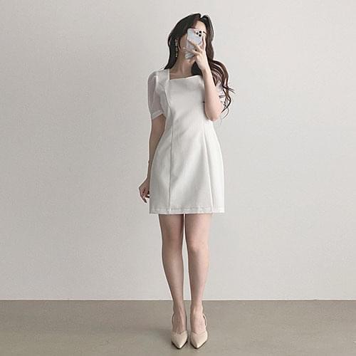 Thin square neck short sleeve pintuck mini Dress 2color