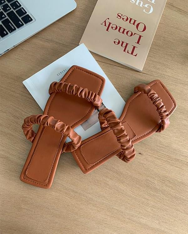Carry strap mules slippers