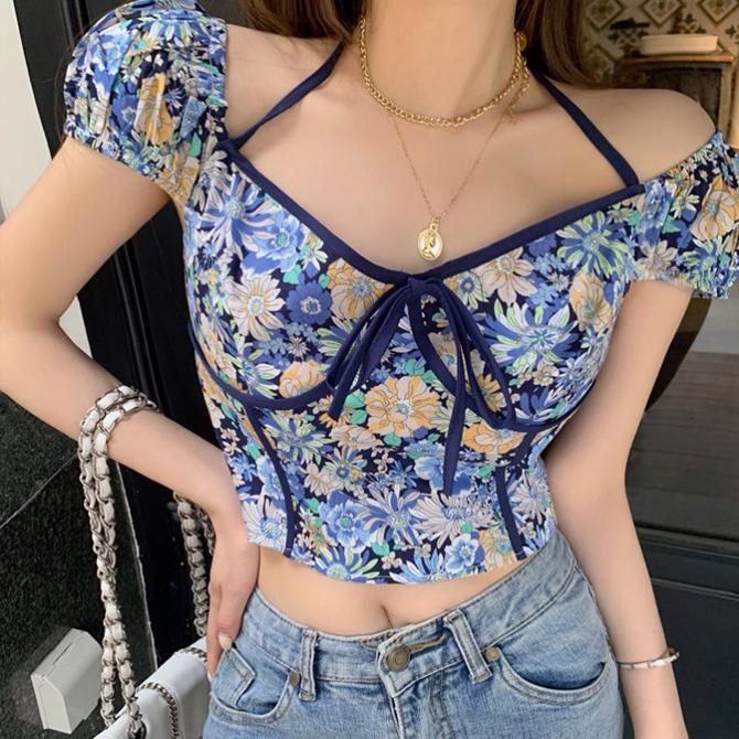 Off-shoulder floral cropped T-shirt