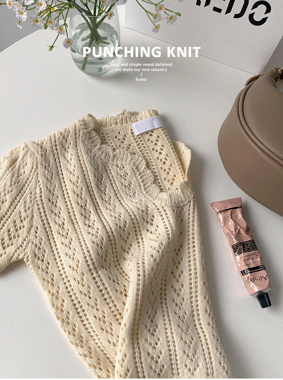 Moer Punching Knitwear
