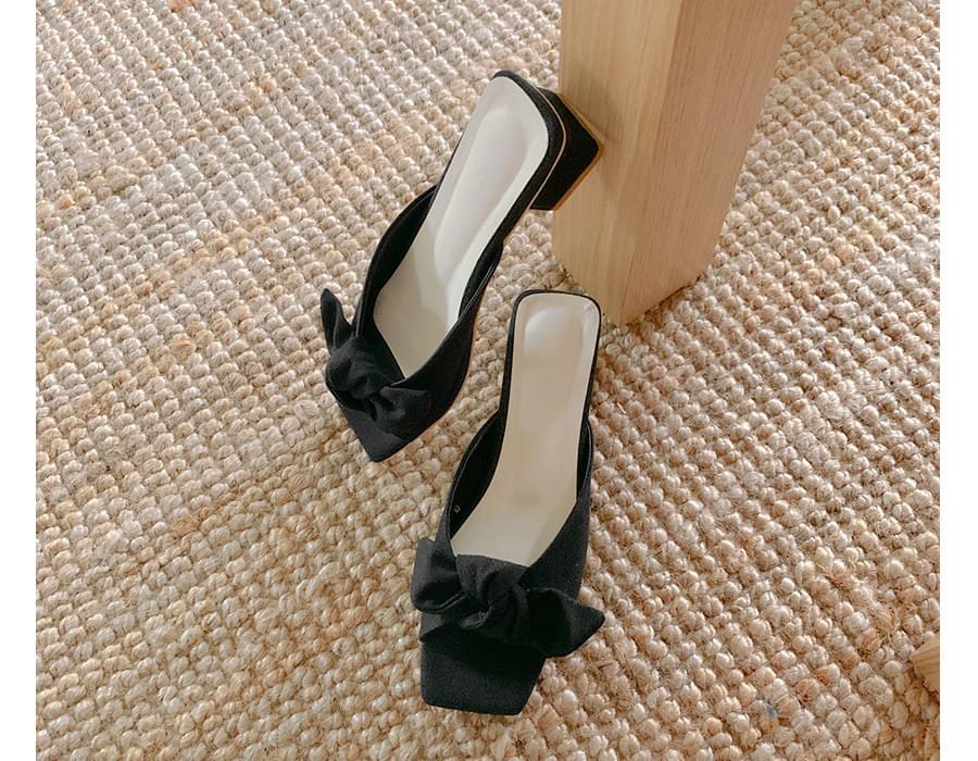 Ribbon middle heel slipper