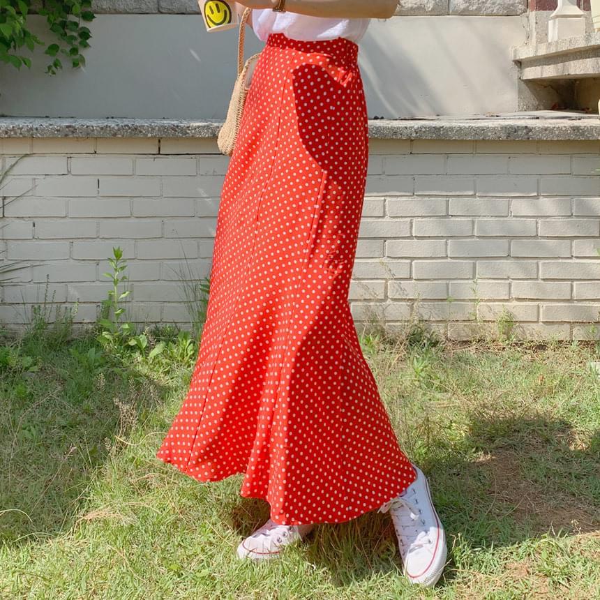 ONEED mummed dot long skirt