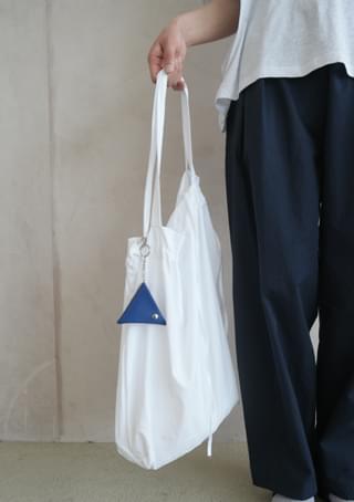 light frame shoulder bag
