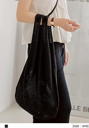 V-Shaped Top Knit Bag