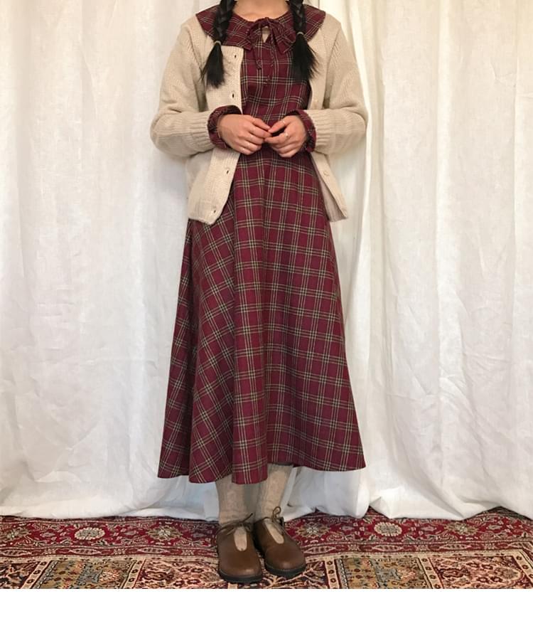 Logitech check blouse Logitech skirt