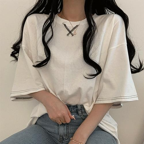 Stitched overfit short-sleeved tee