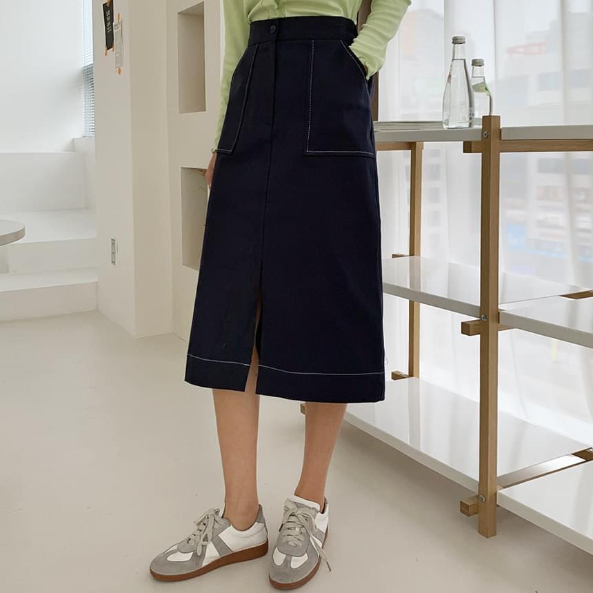 Touch stitch skirt