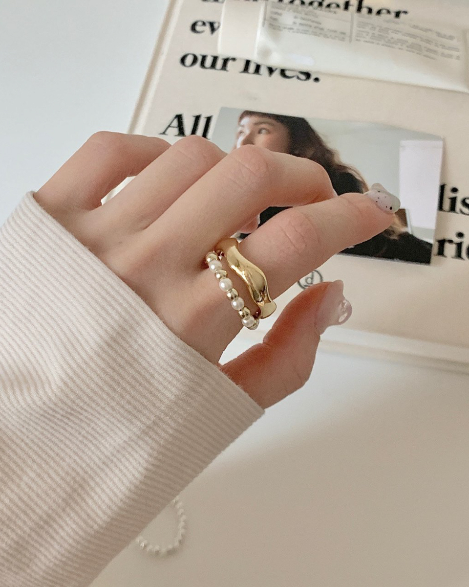 Bead Wave Layered Bold Ring