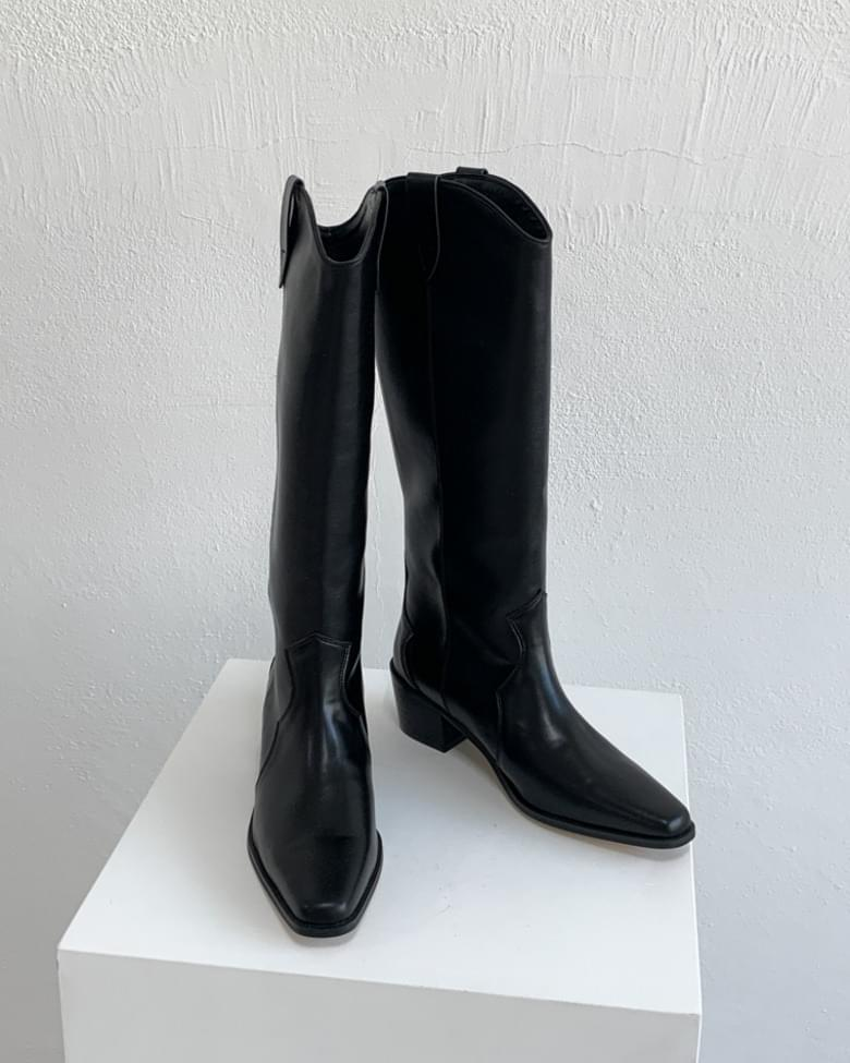 Middle long western boots