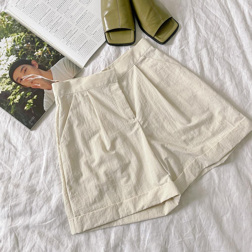 Joan wide fit roll-up short pants