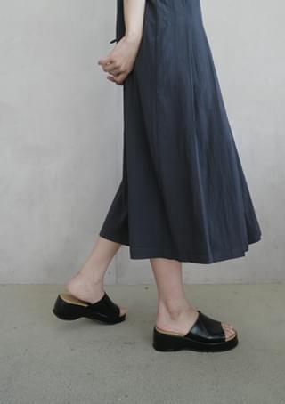 chunky gloss platform shoes