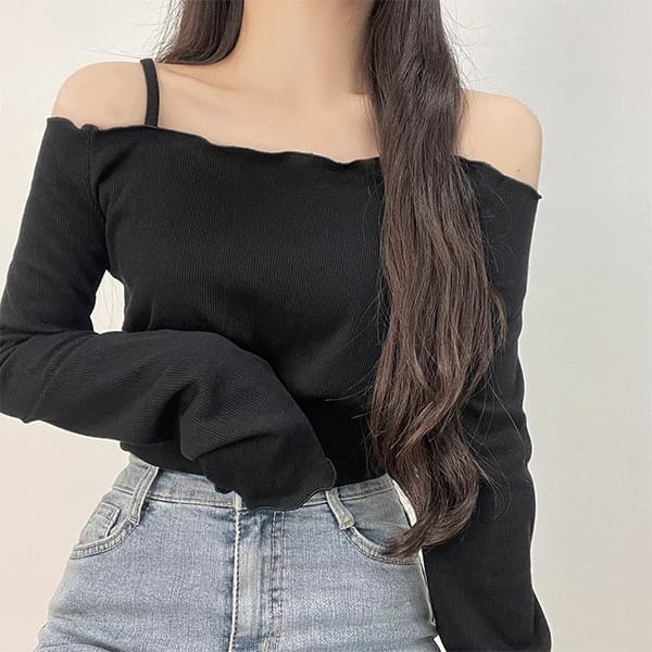 Lovin off-shoulder shoulder strap T-shirt