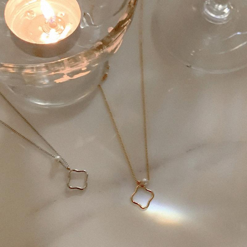 Laurent Point Pearl Necklace (人氣商品配送延遲) 項鍊