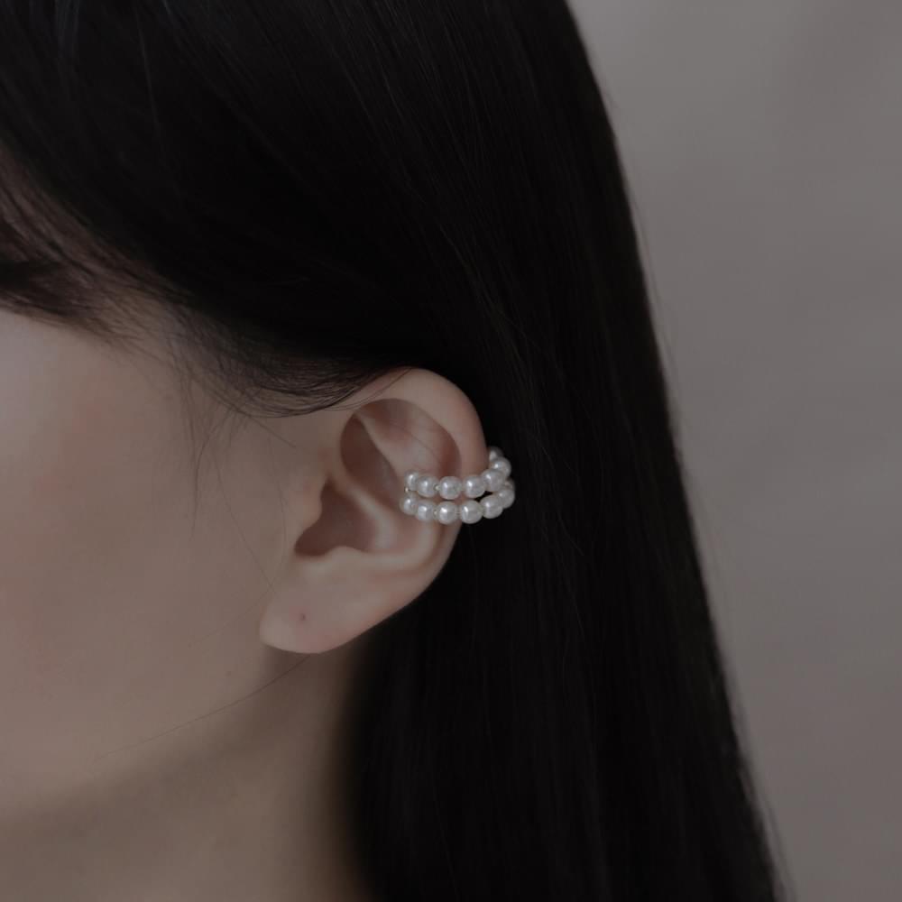 1957 2 Pearl Line Ear Cuff