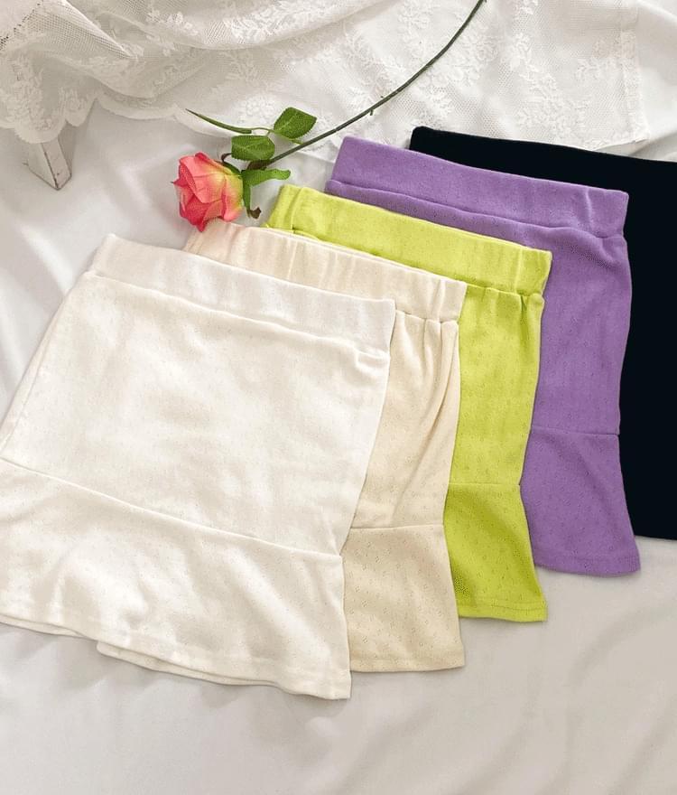 Solid Tone Flounce Hem Mini Skirt