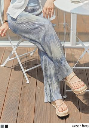 Tie-Dye Pattern Crystal Pleat Pants