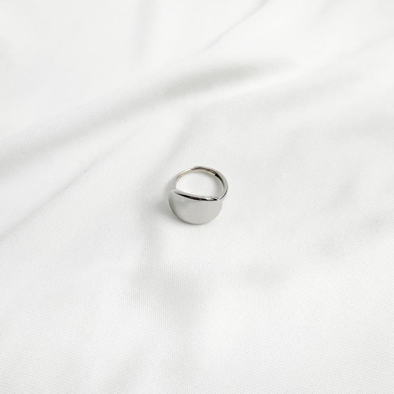 Cosmic bold ring