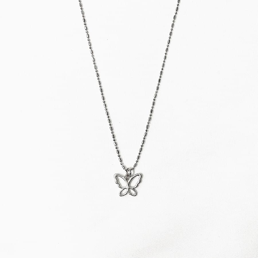 Yuly butterfly necklace
