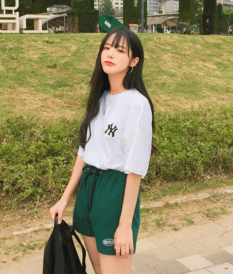 Embroidered Detail Loose Fit T-Shirt