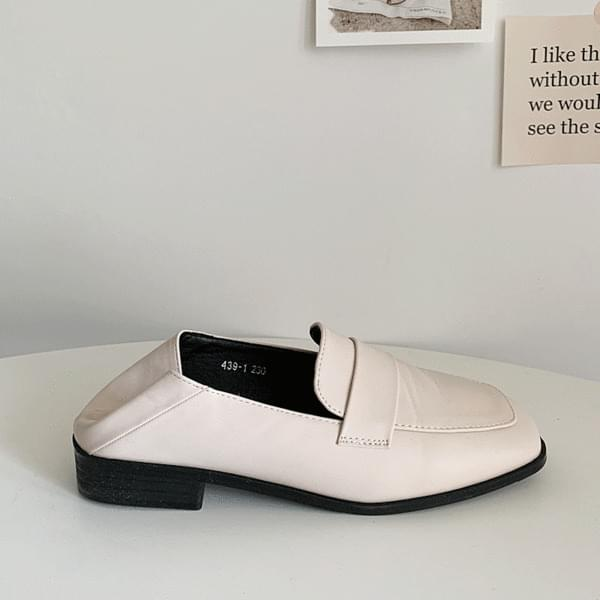 Square blower loafers