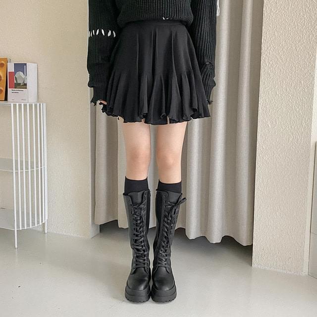 Rose banding shirred mini skirt