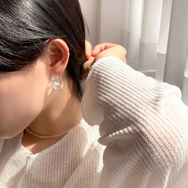 Transparent bold ring earrings