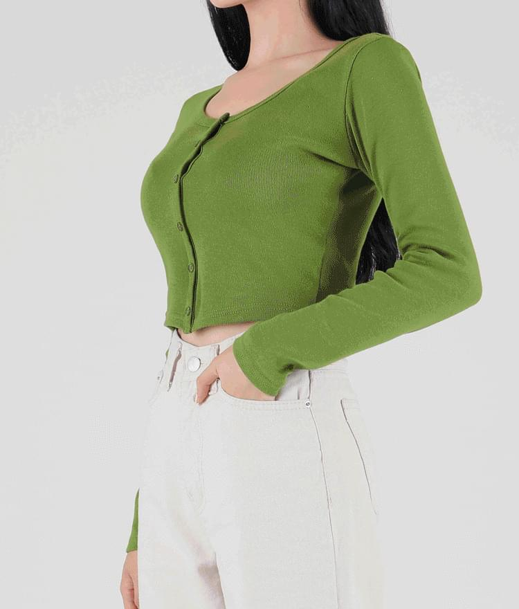 365BASICButton-Front Cropped Top