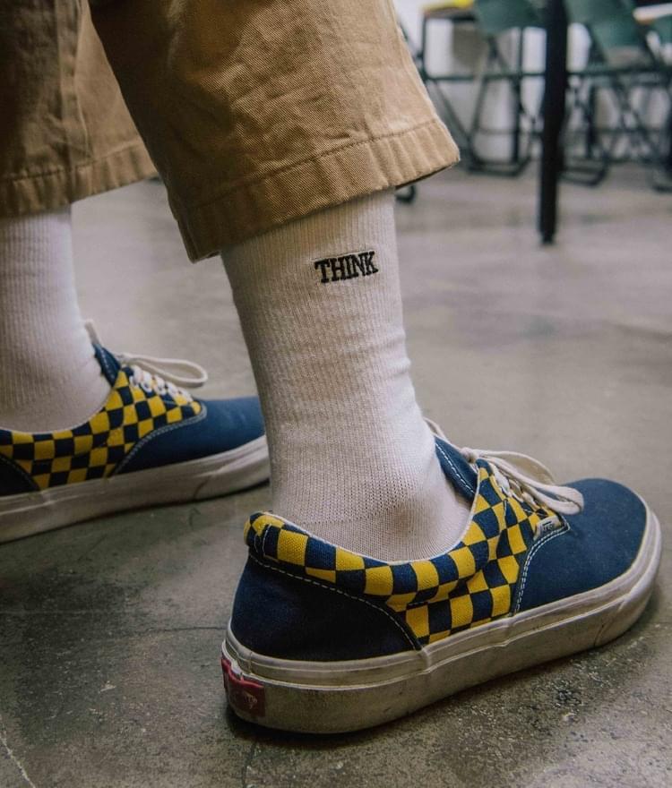 THINK TWICECrew Socks