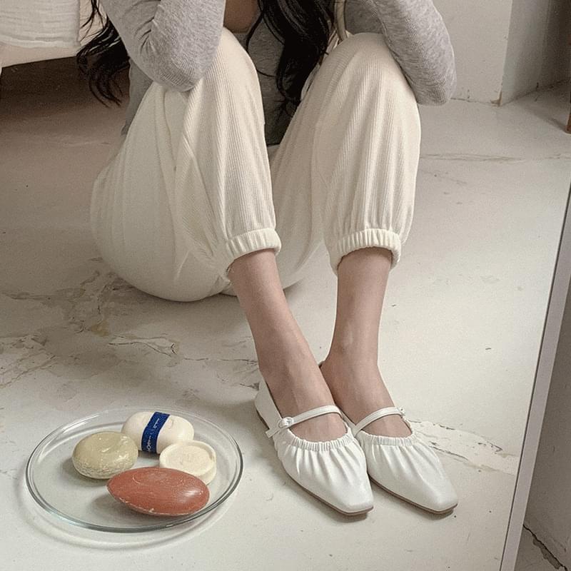 Fuzz shirring flat shoes