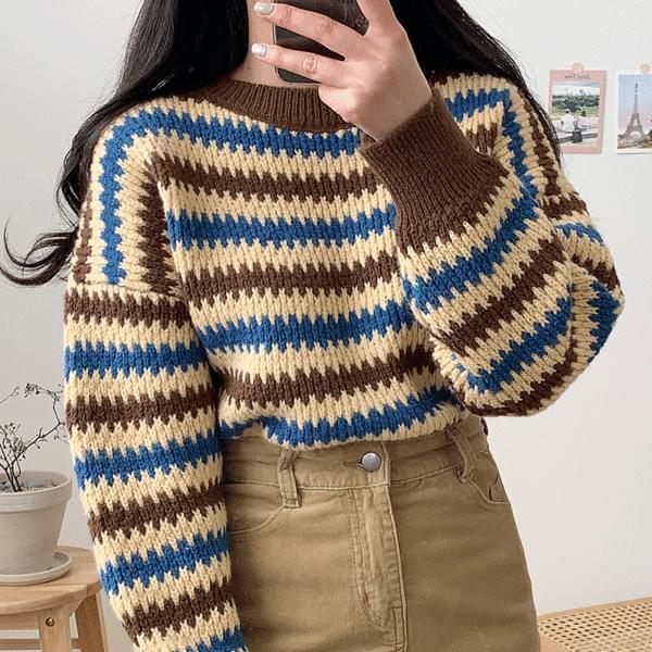 Color Zigzag Knitwear