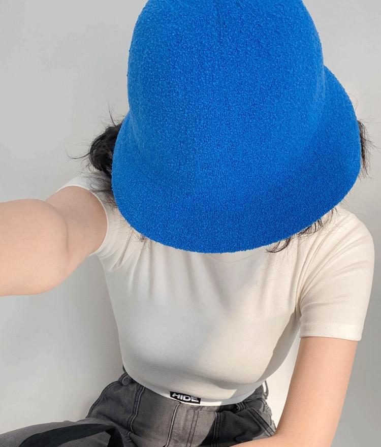 Button Top Bucket Hat