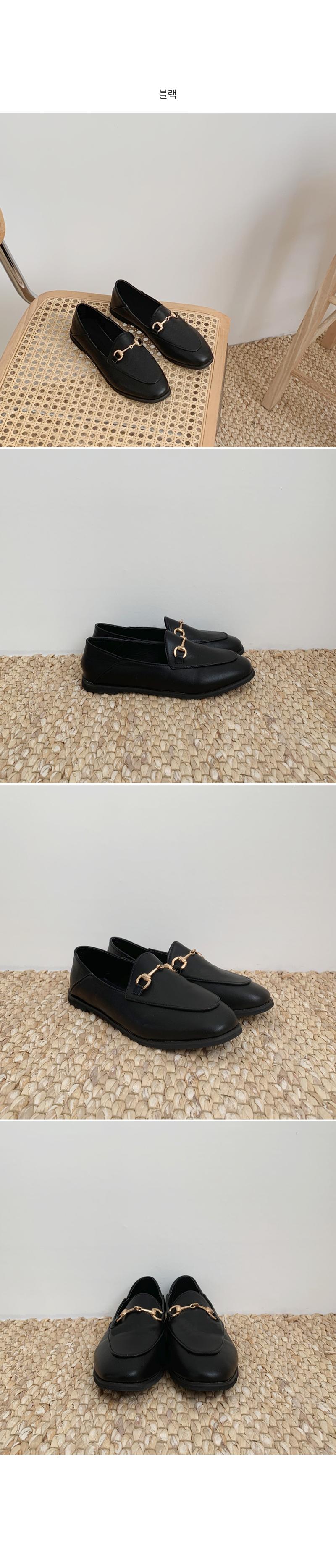 Horsebit blower loafers
