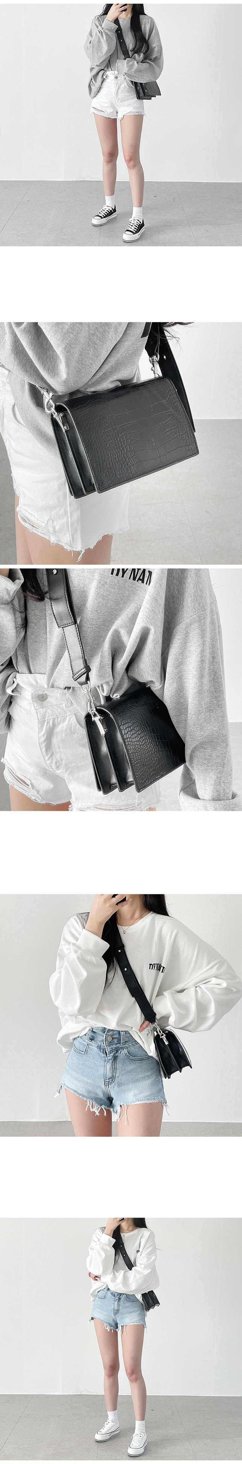 Loa Square Cross & Shoulder Bag