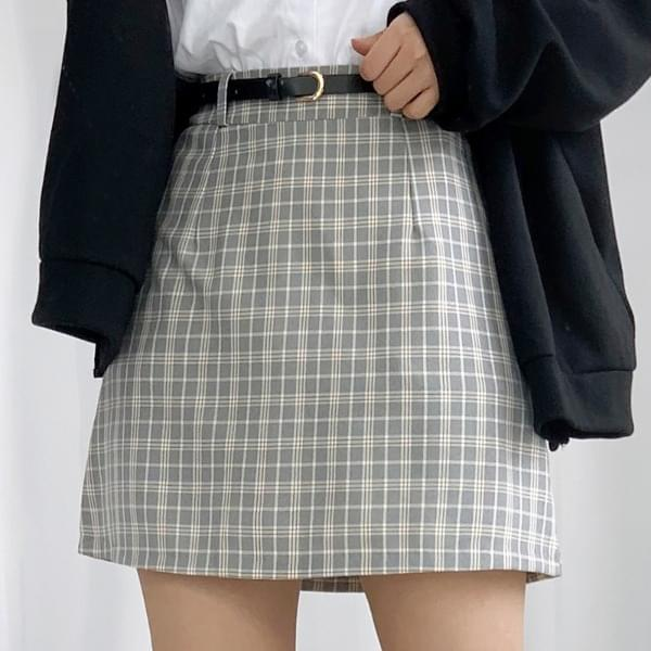 Checked waffle skirt