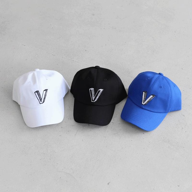 V-embroidered ball cap