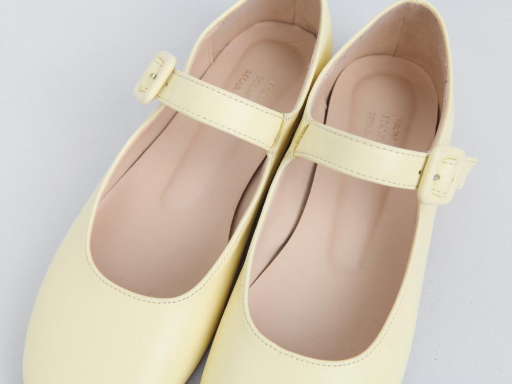 Roze buckle loafers
