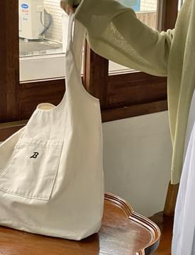 Initial eco shoulder bag