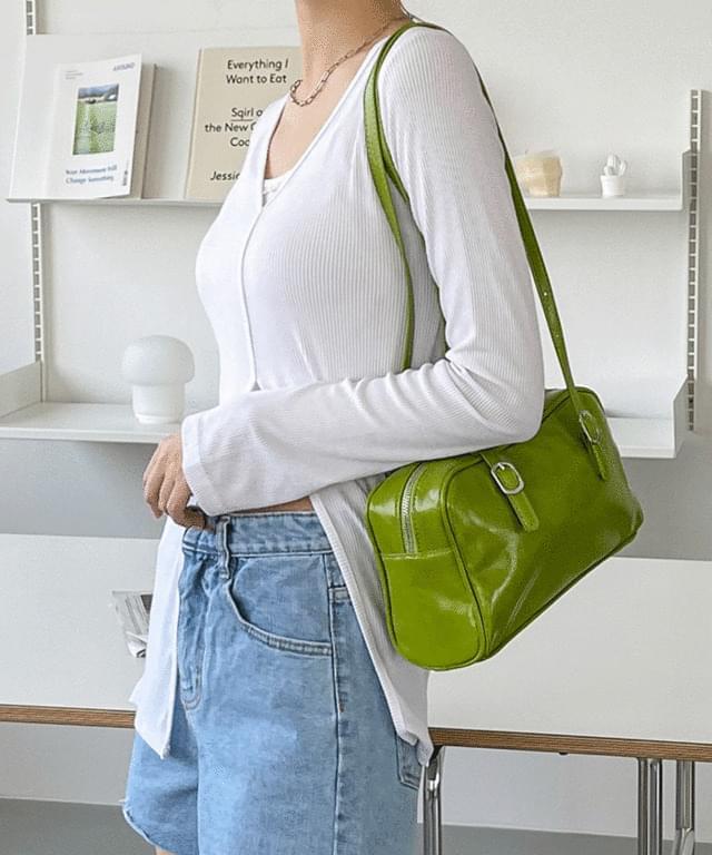 Pavank Square Buckle Shoulder Bag