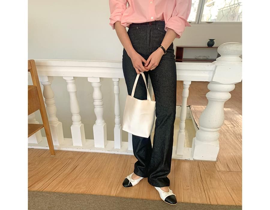 Adelin ribbon flat shoes