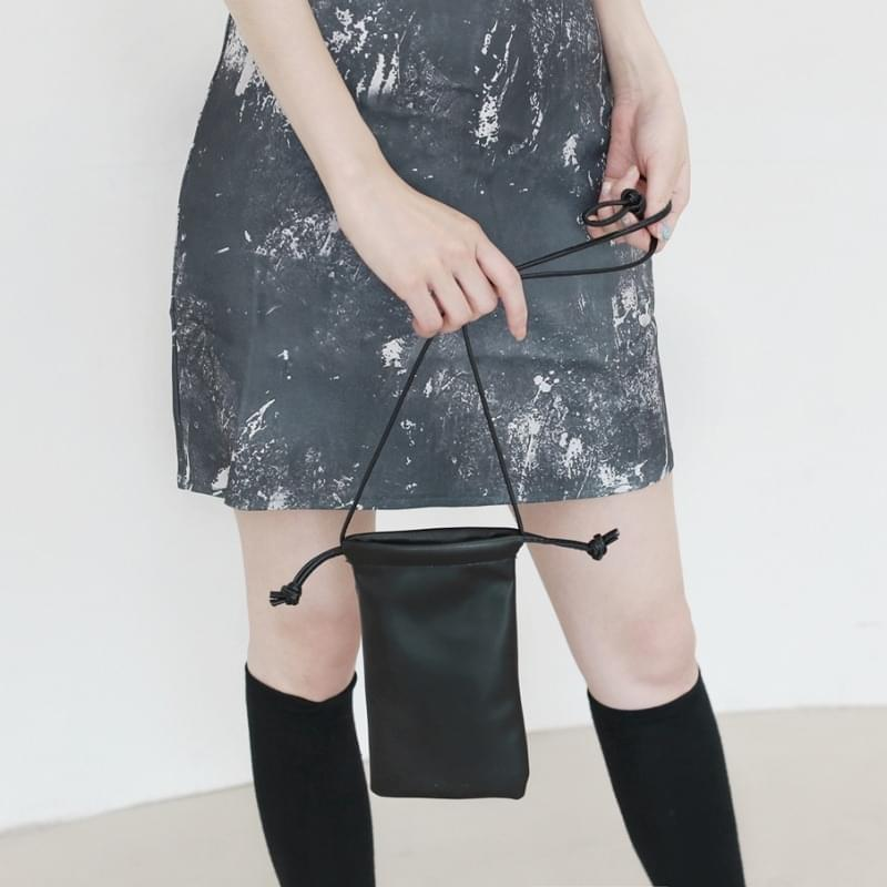amber strap mini crossbody bag