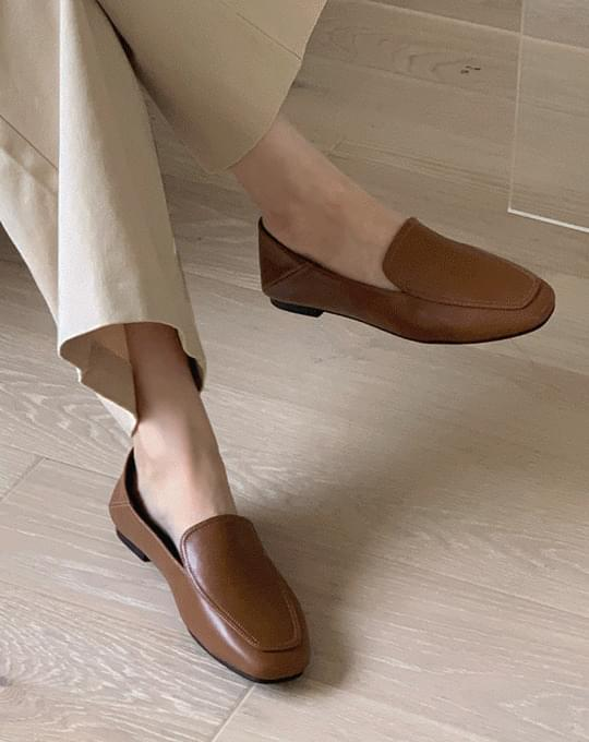 Soft Staff Loafers - 2 color