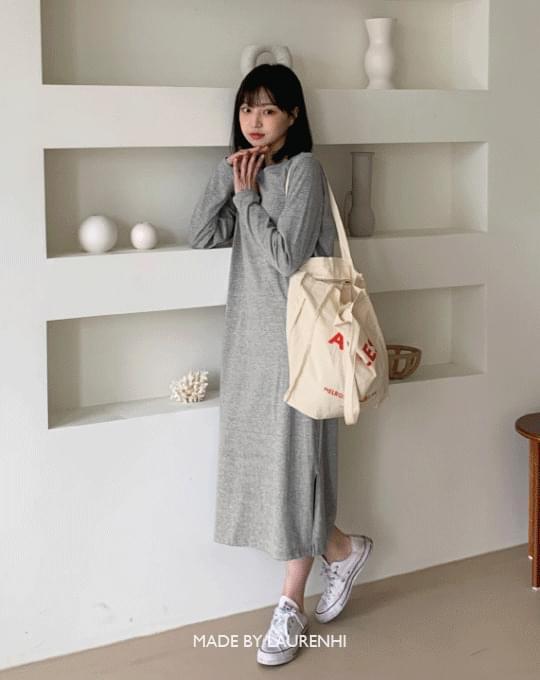 Must Round Long- Dress