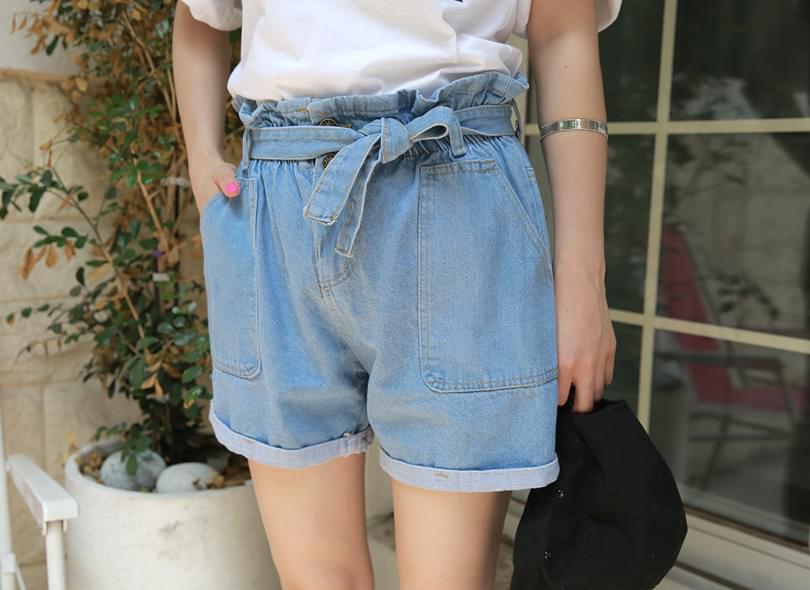 Pumpkin denim shorts