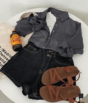 韓國空運 - Raw Two-Button High-Waist Denim Shorts 短褲