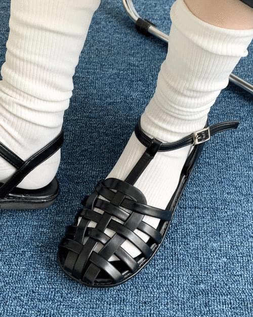 Barnet Strap Leather Flat Sandals