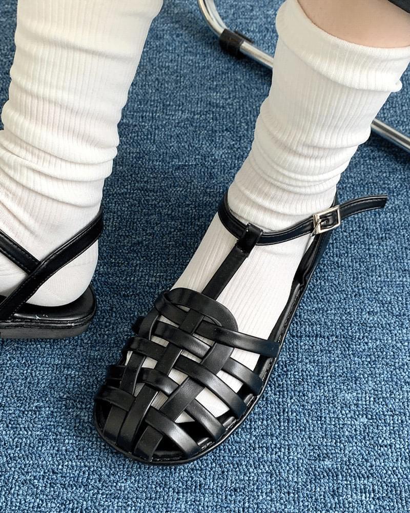 編織皮革涼鞋