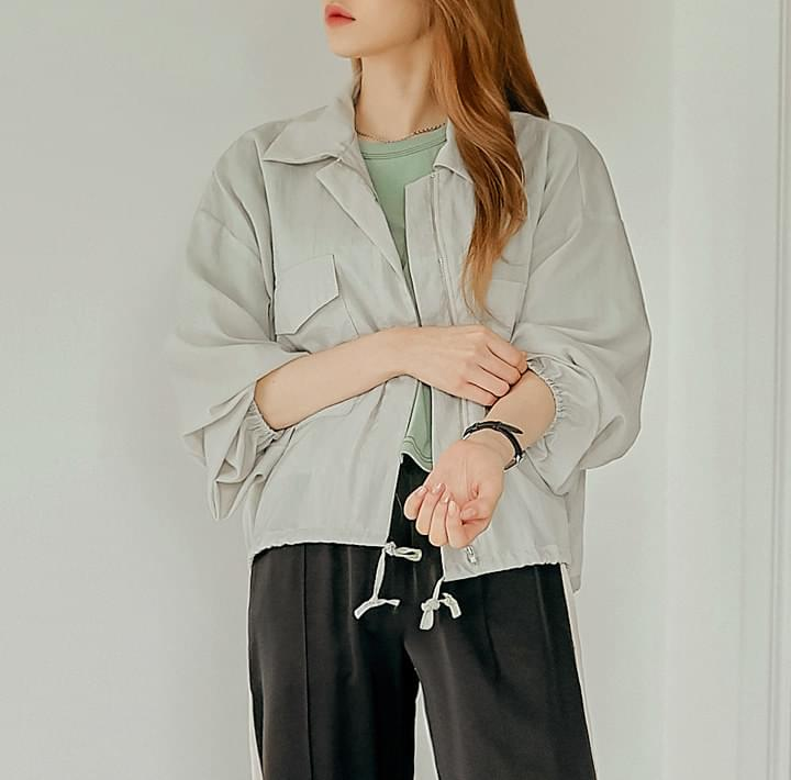 Spread Collar Utility Jacket