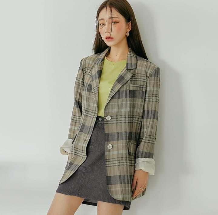 Extended Sleeve Check Boxy Jacket