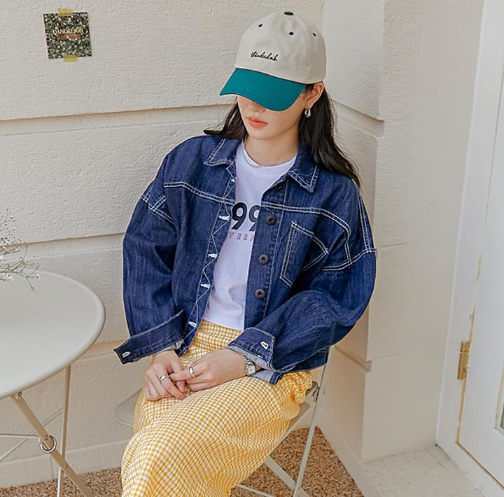 Contrast Stitch Accent Denim Jacket
