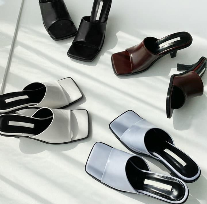 方頭造型高跟皮革拖鞋
